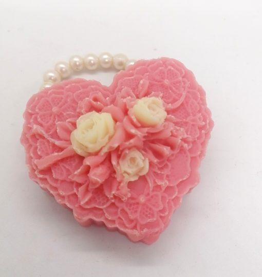 Sapun Forma inima dantelata roz